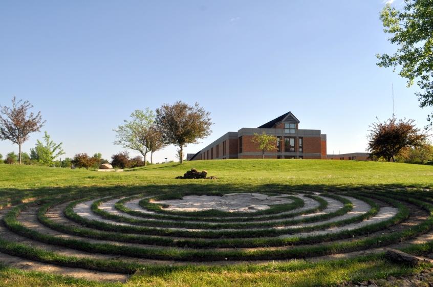 Image of the Benedictine Center labyrinth